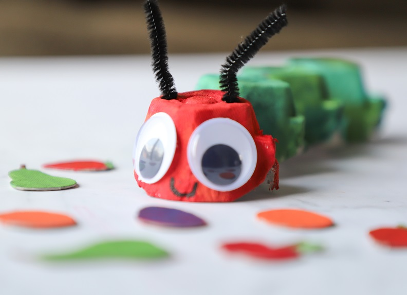 the hungry caterpillar story
